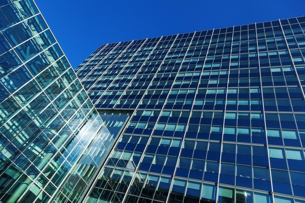 avoiding galvanic corrosion rainscreen facades