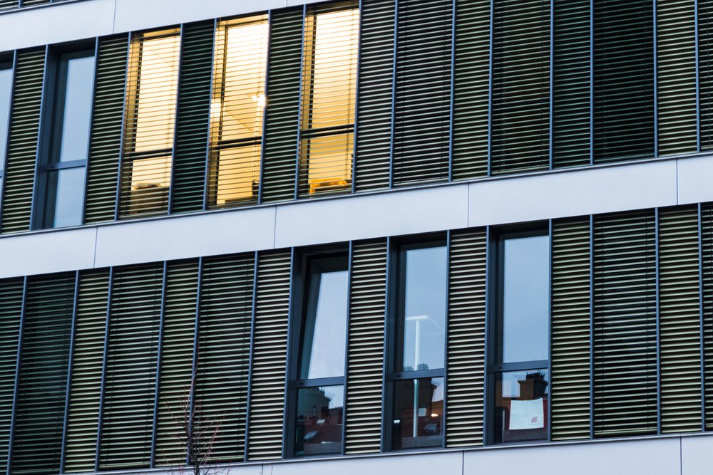 construction benefits rainscreen façade
